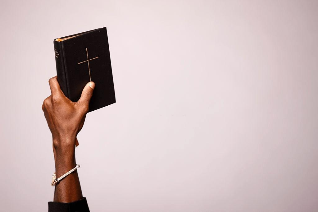 Intentos fallidos de encontrar la soledad con sus apóstoles